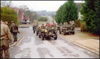 British Para's in their jeeps